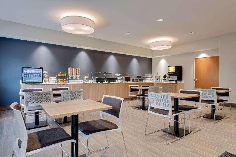 Restaurant Microtel Inn & Suites By Wyndham Clarion