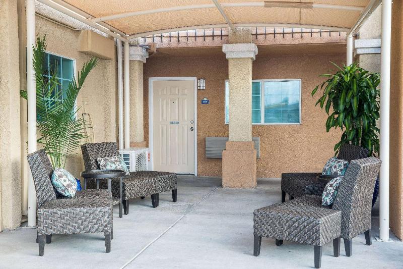 General view Days Inn By Wyndham El Centro