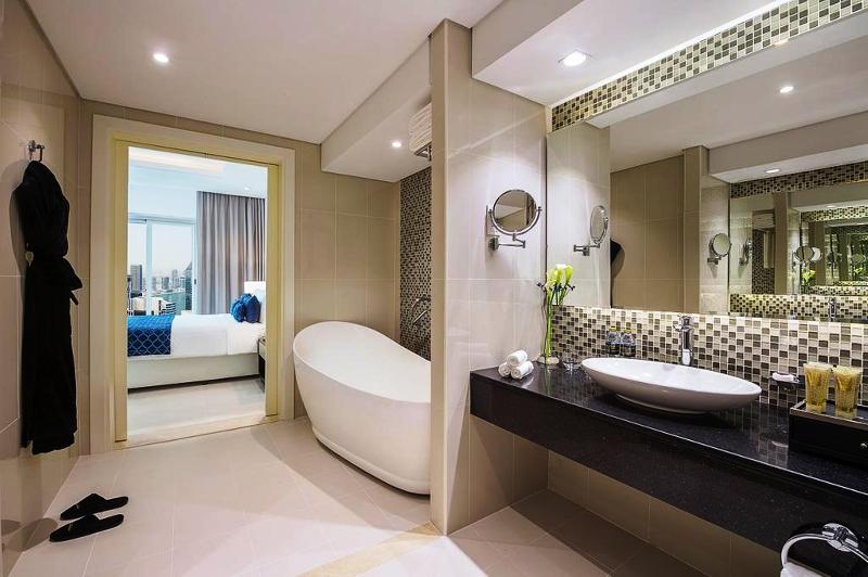 Room Damac Maison Royale The Distinction