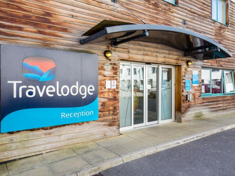 General view Travelodge Caterham Whyteleafe