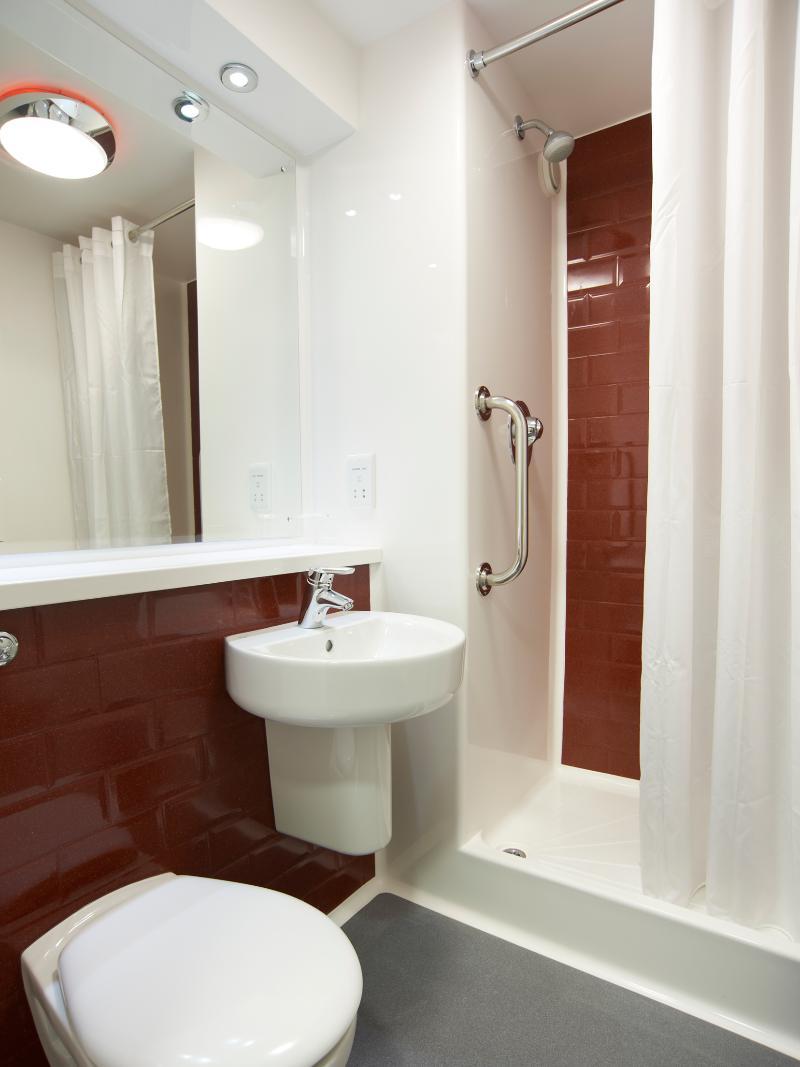 Room Travelodge London Hounslow