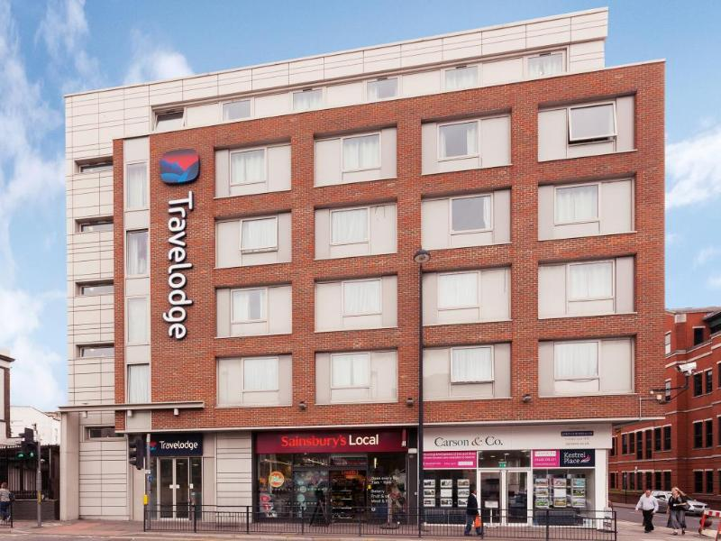 General view Travelodge Maidenhead Central