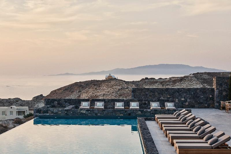 Pool Canaves Oia Epitome