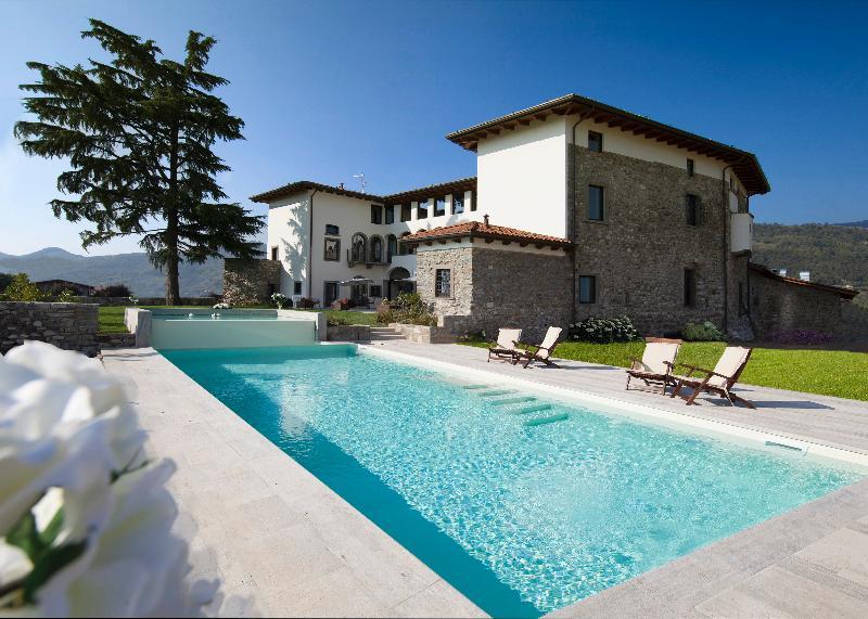 Pool Podere Castel Merlo Relais
