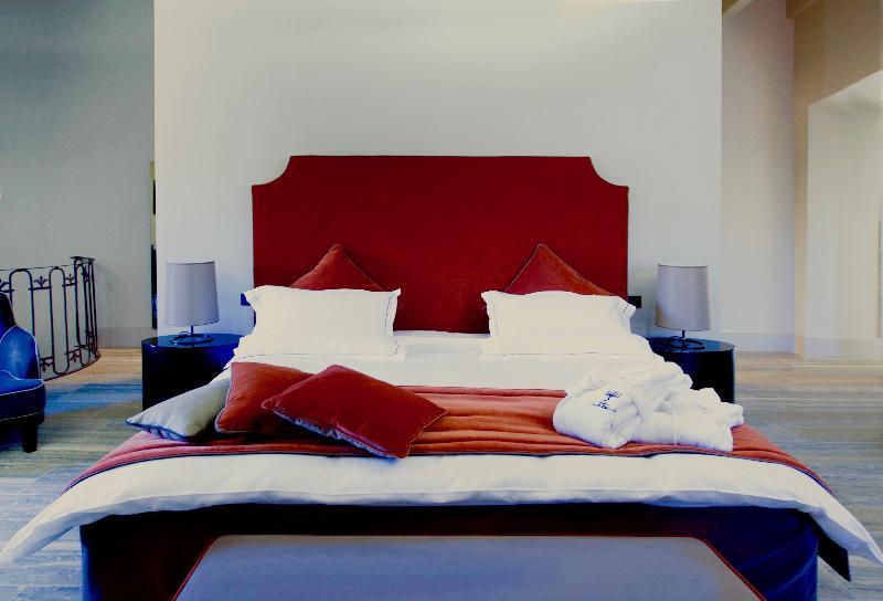 Room Podere Castel Merlo Relais