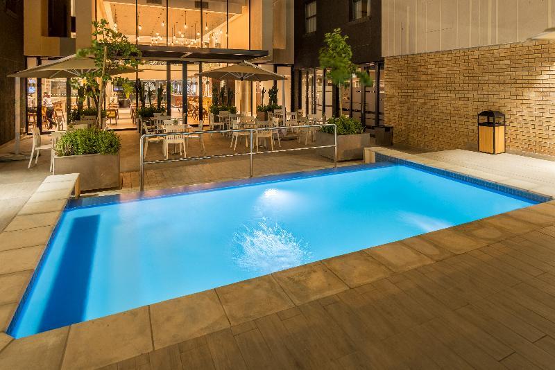 Pool Town Lodge Windhoek