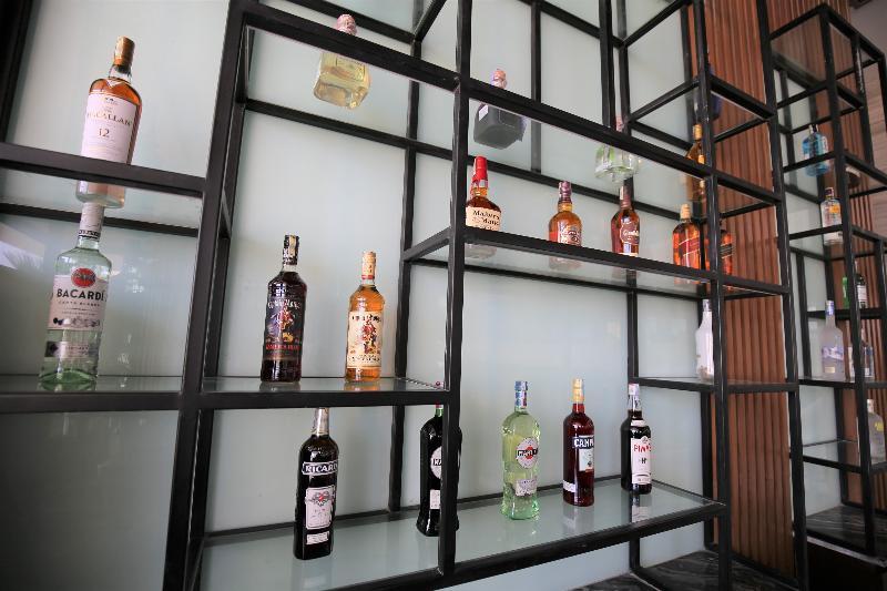 Bar New Orient Hotel