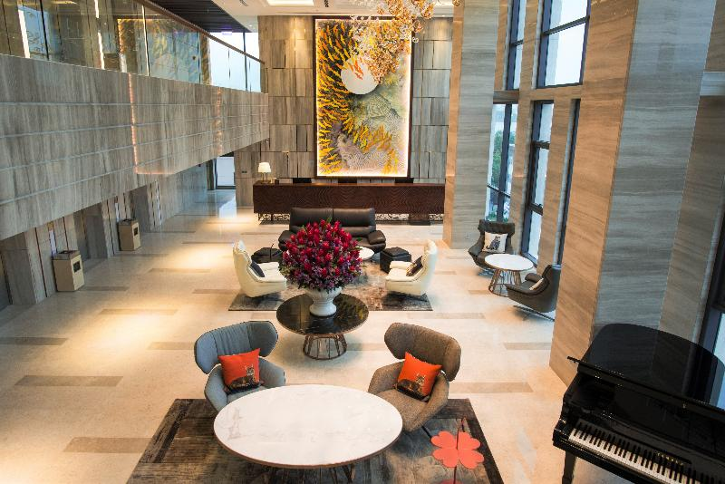 Lobby New Orient Hotel
