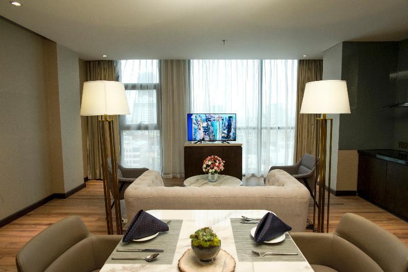Room New Orient Hotel