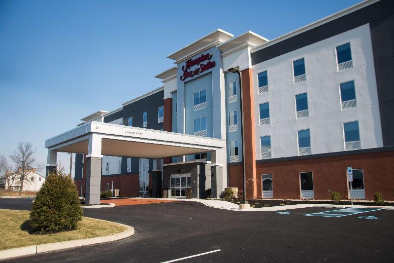 General view Hampton Inn & Suites Warrington, Pa