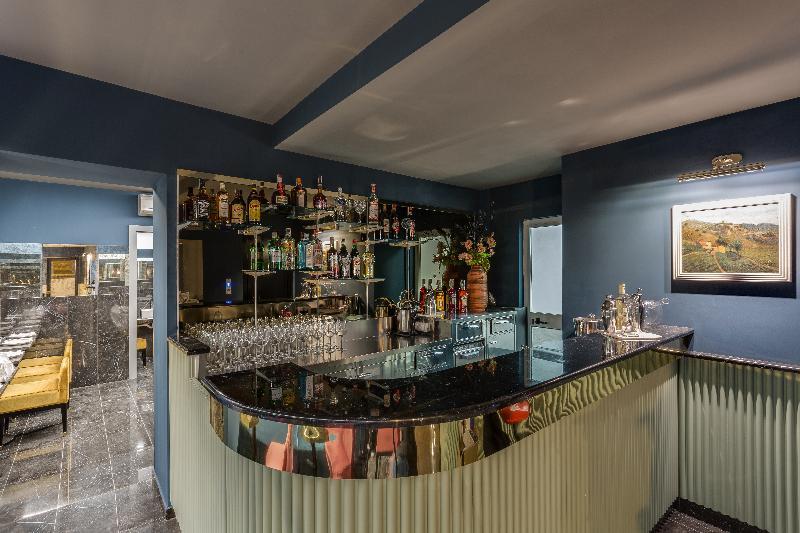Bar Otivm Hotel