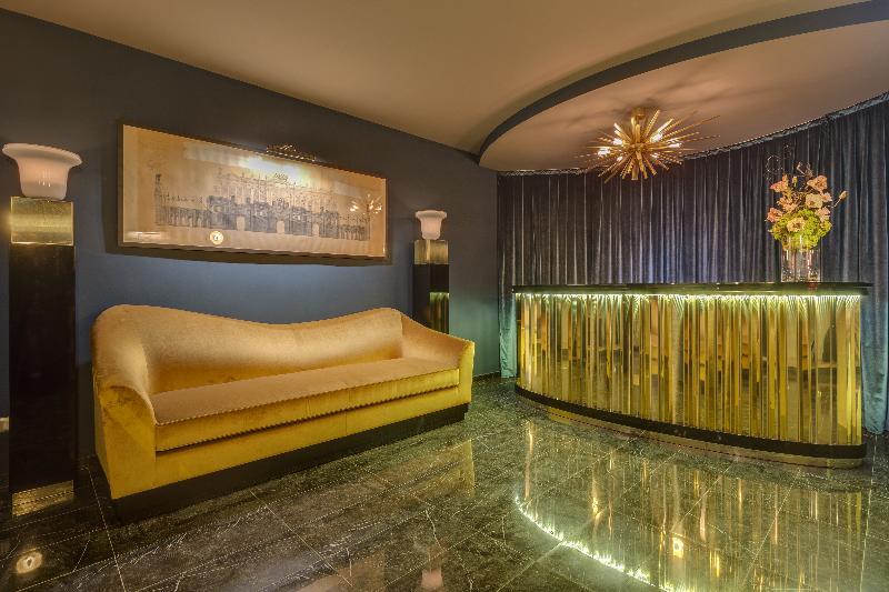 Lobby Otivm Hotel