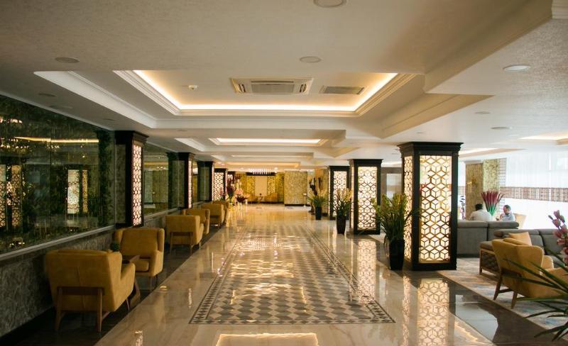 Lobby Rich Hotel Baku
