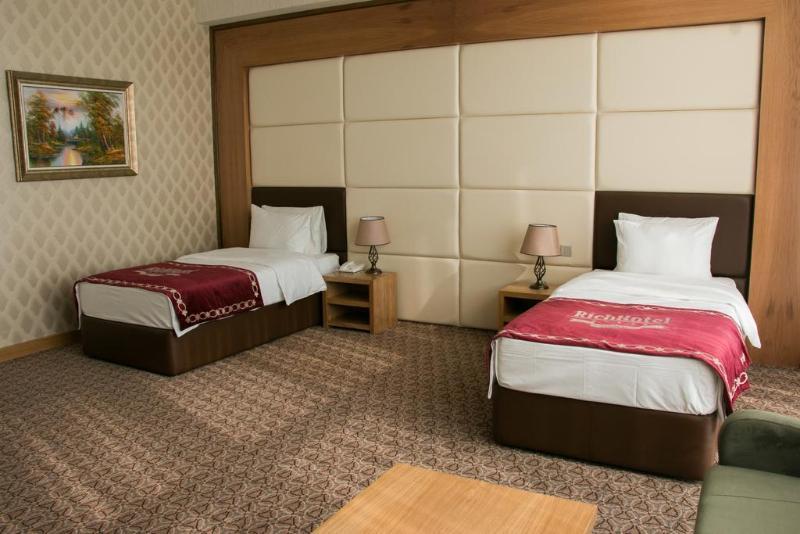 Room Rich Hotel Baku