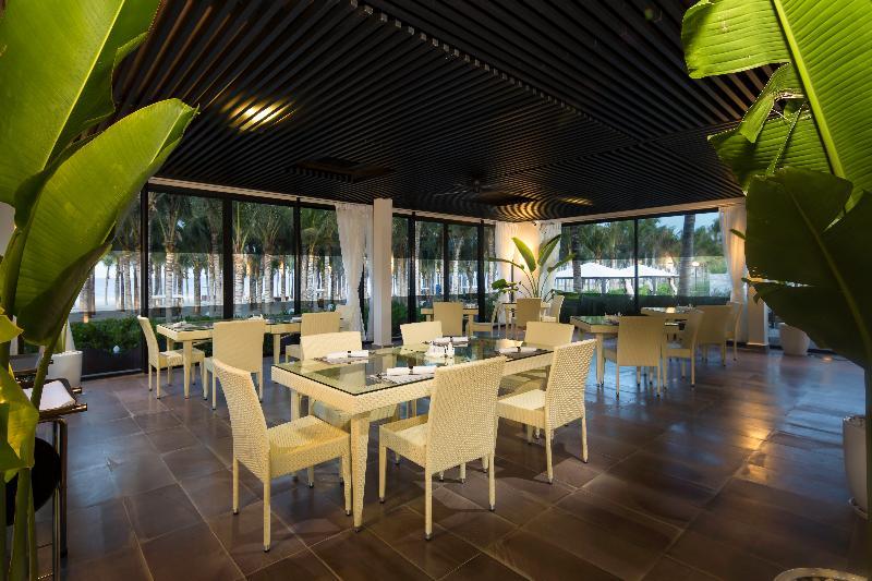 Bar Grandvrio Ocean Resort Danang