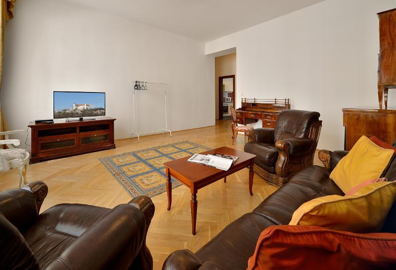 Room Ambiente Serviced Apartments - Tallerova Street