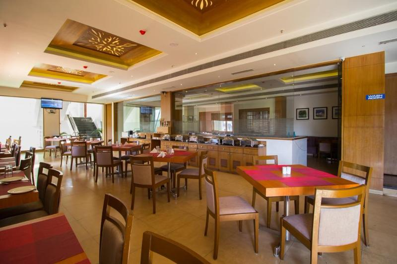 Restaurant Fabhotel Rathi Residency