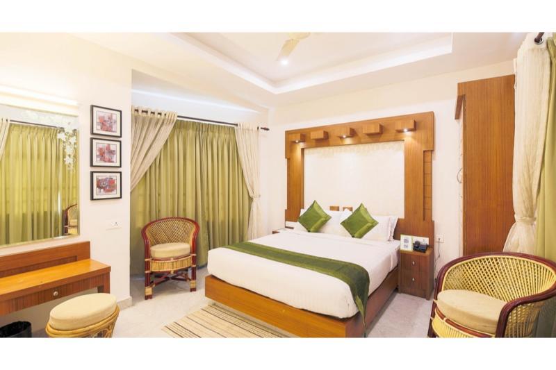 Room Treebo Monsoon Grande, Munnar
