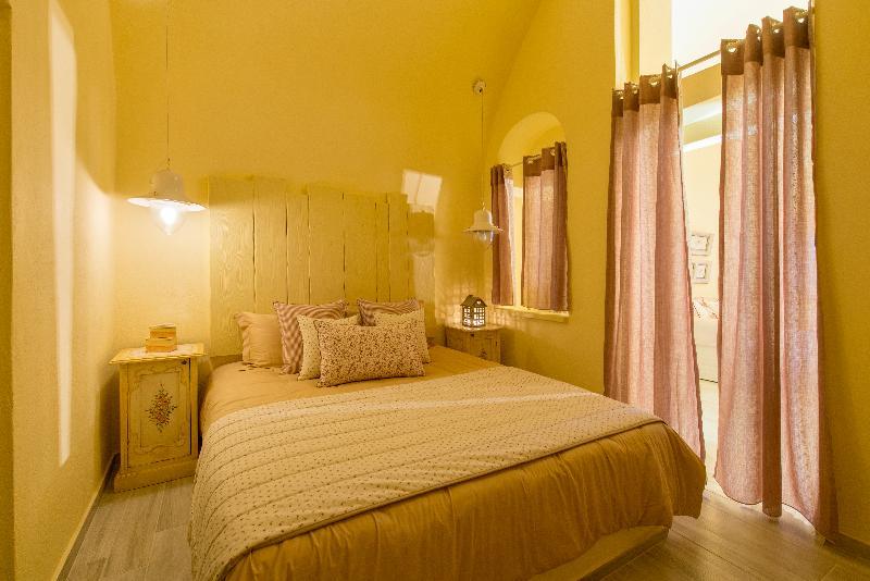 Room Senses Suites