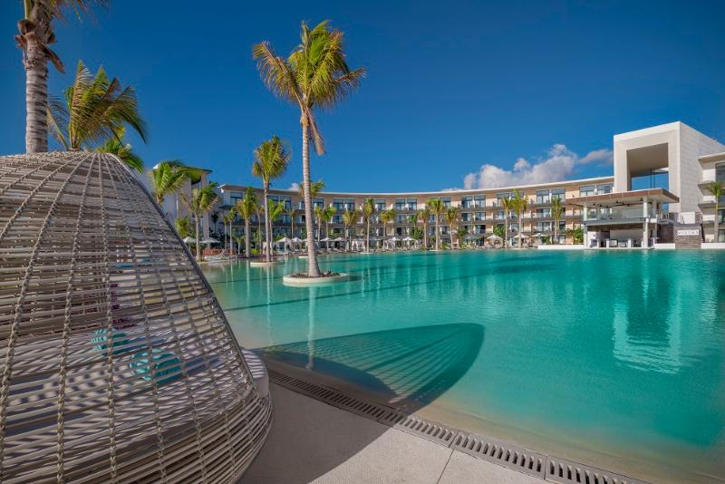 Pool Haven Riviera Cancun Resort & Spa