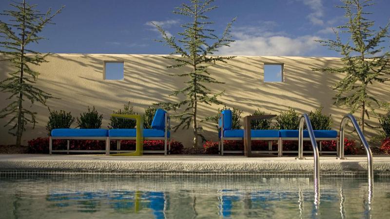 Pool Aloft Rogers-bentonville