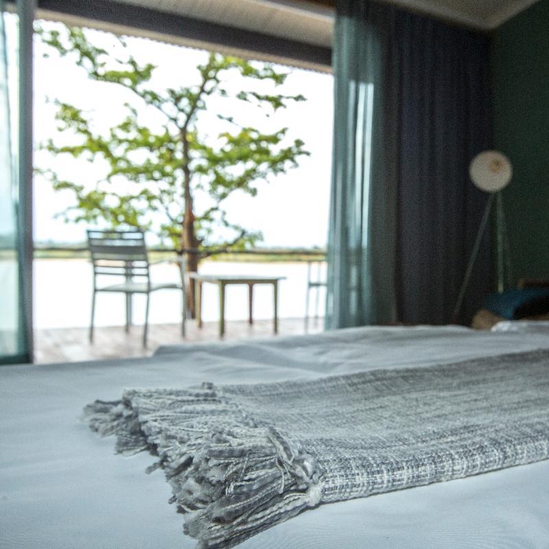 Room Zambezi Mubala Lodge
