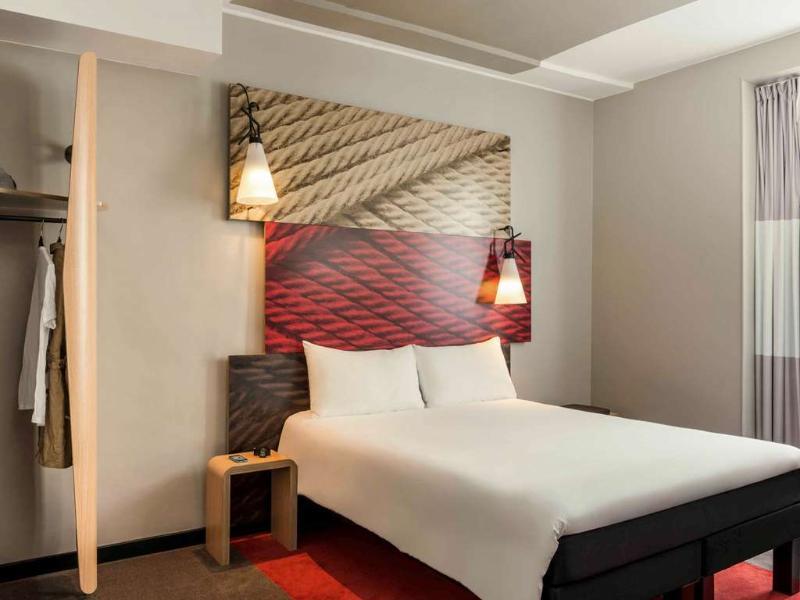 Room Ibis Paris Avenue De La Republique