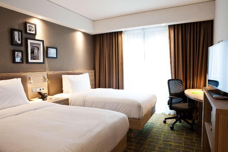Room Hampton Inn Dortmund Horde