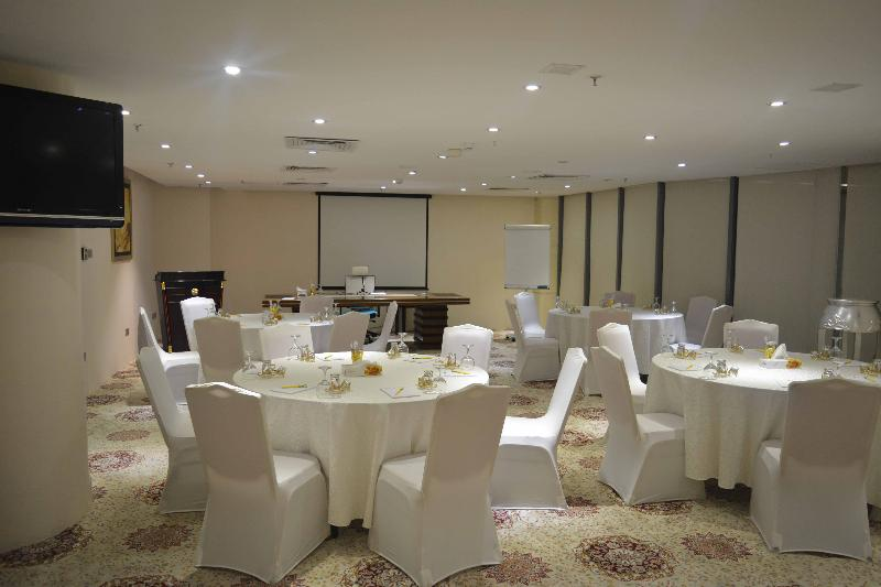 Conferences Reef Global Hotel