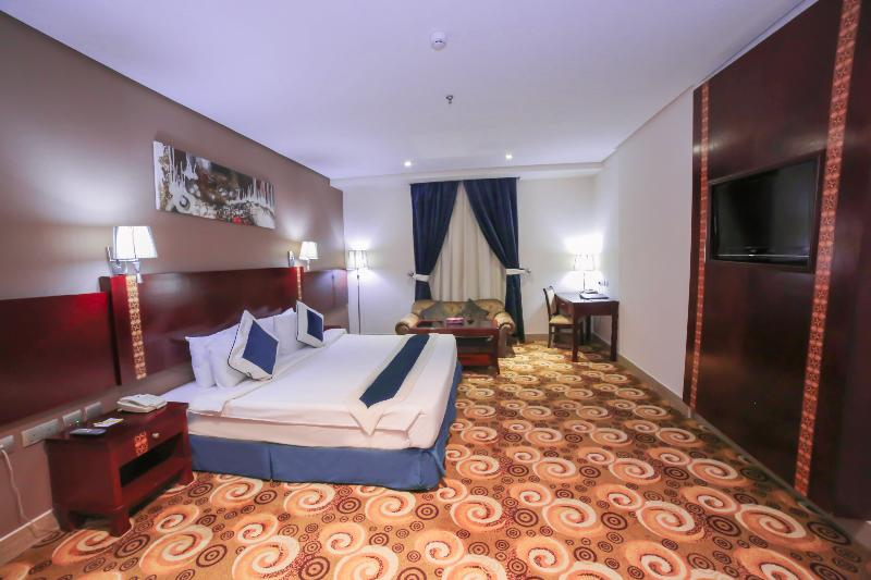 Room Reef Global Hotel