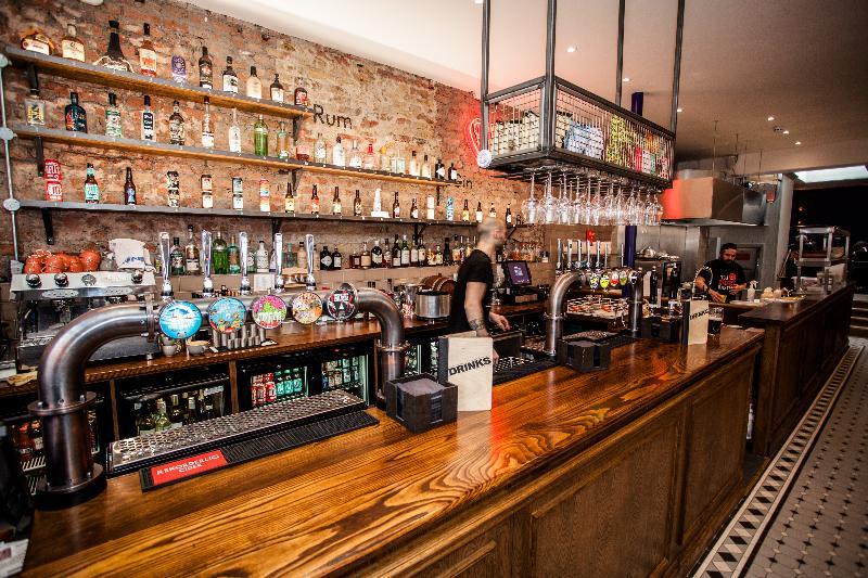 Bar Publove The Crown