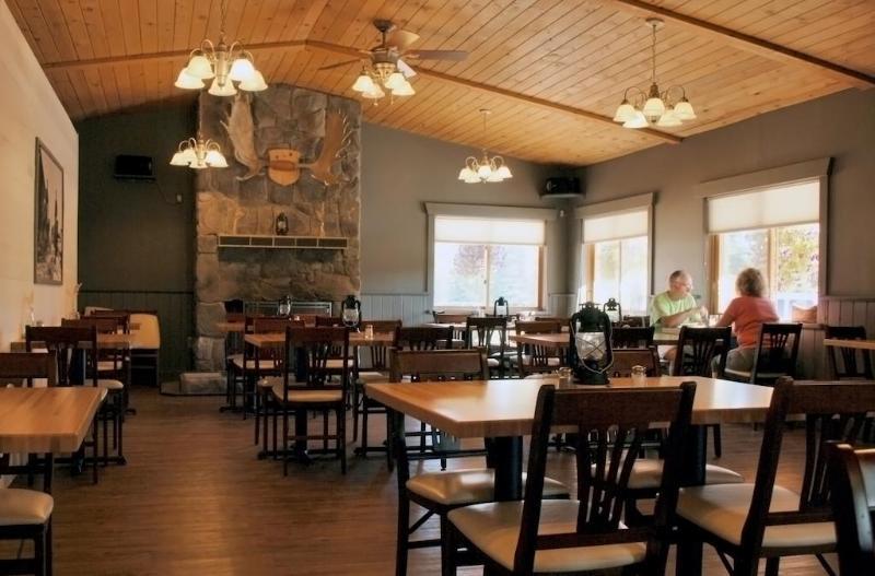 Restaurant Denali Cabins