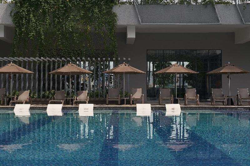 Pool Ariva Trillion Residences