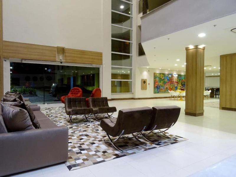 Lobby Nobile Suites Manaus Airport