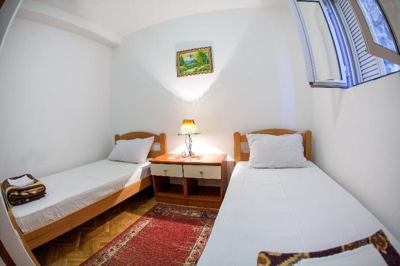 Room City Apartments