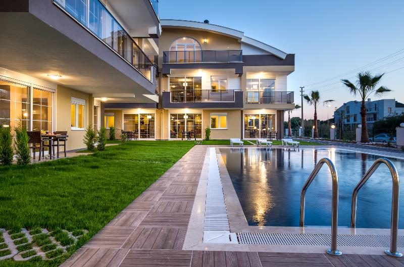 Lobby Lara Beach Homes