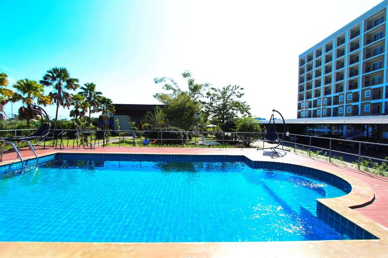 Pool Hc Boulevard Hotel Bangkok