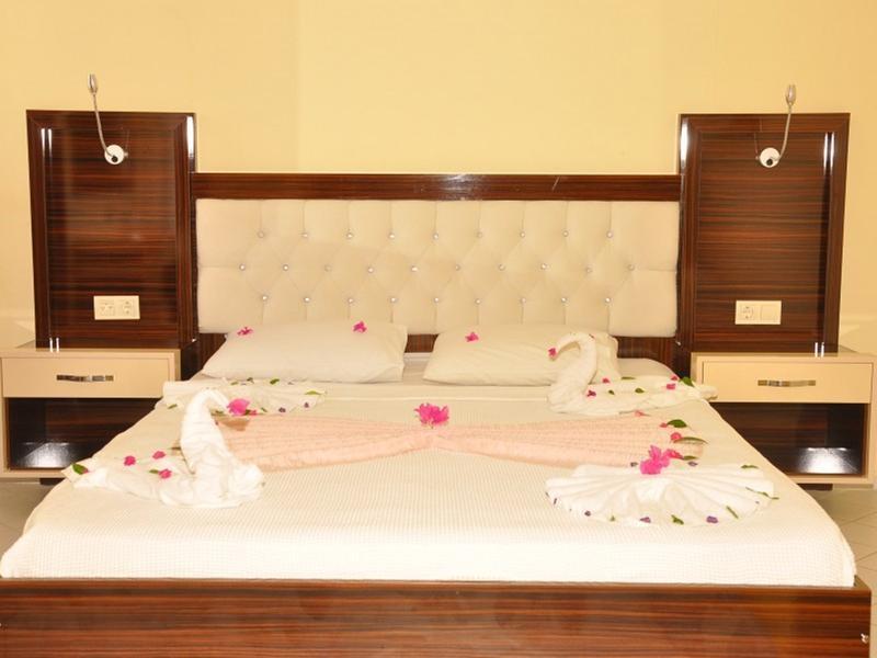 Room Side World Star Hotel