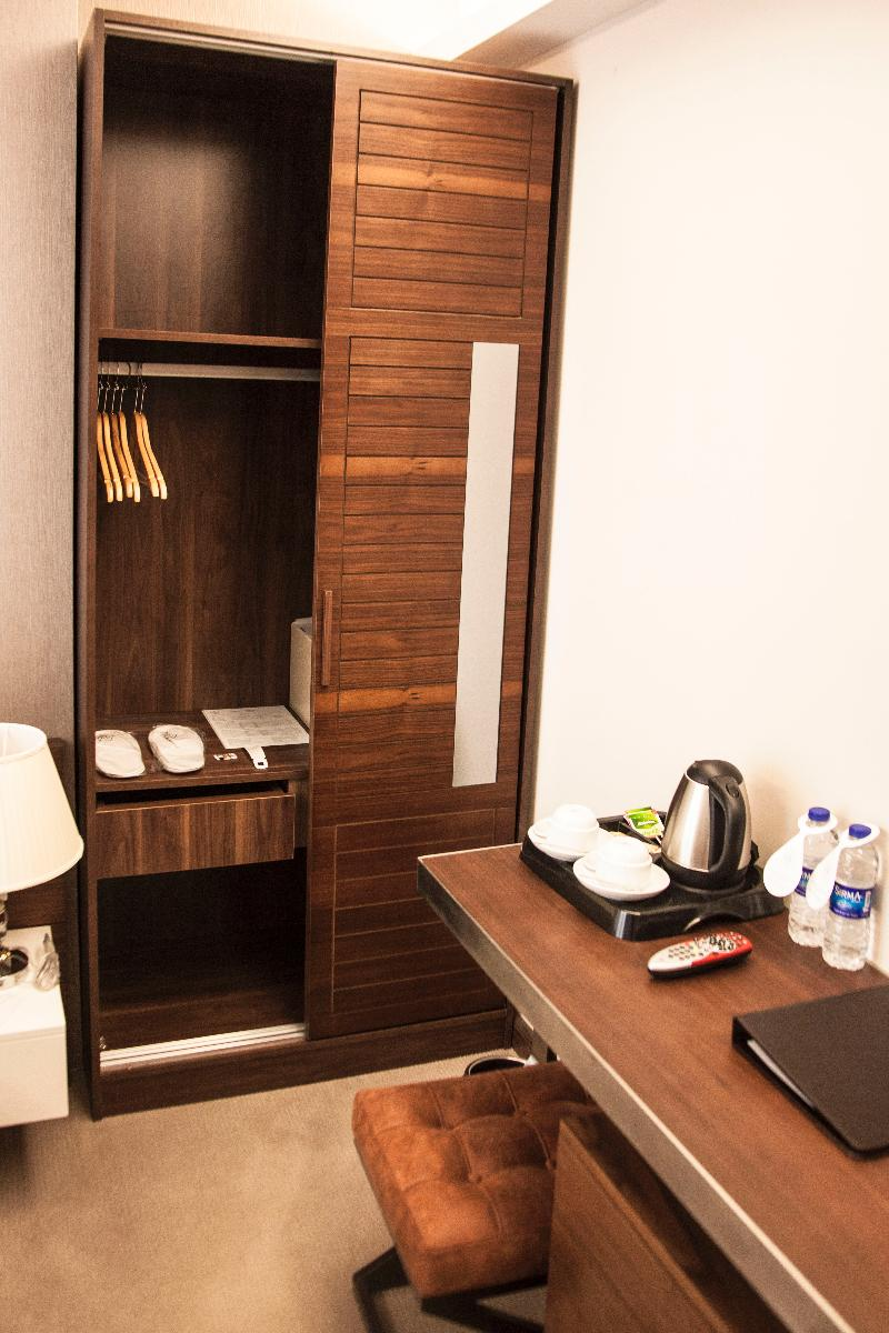 Room Old Port Hotel