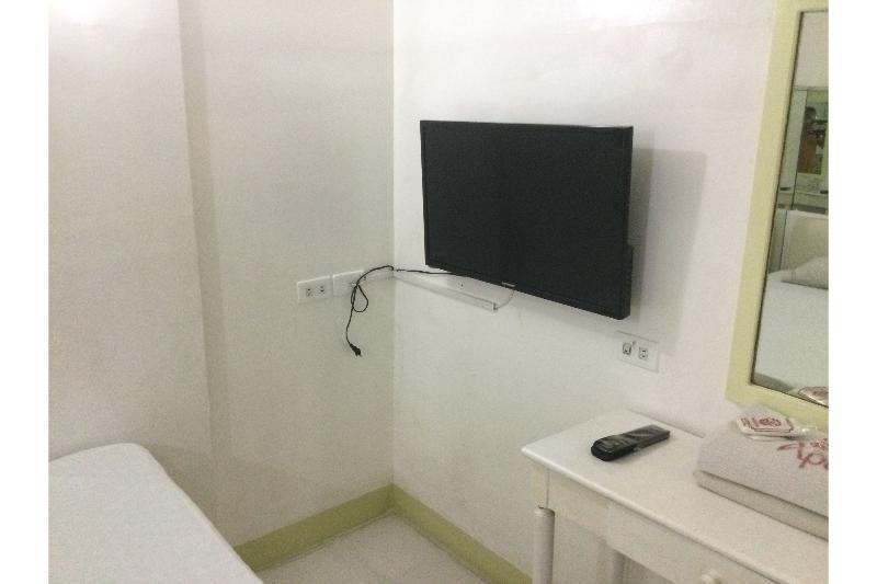 Room Vista Apartelle