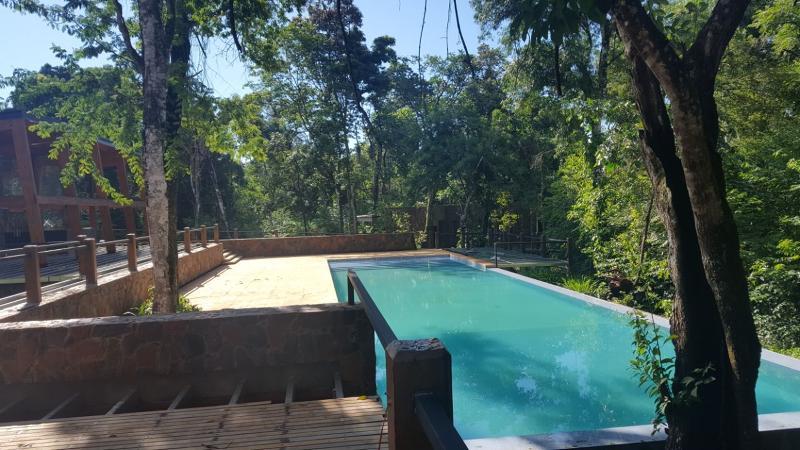 Pool Selvaje Lodge Iguazu