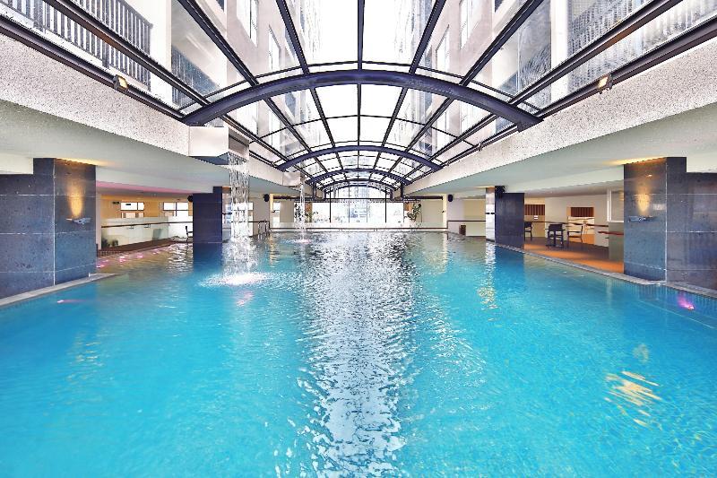 Pool Zen Diamond Suites Hotel Danang