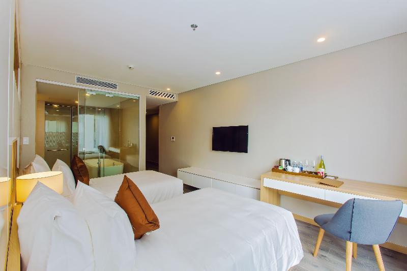 Room Zen Diamond Suites Hotel Danang