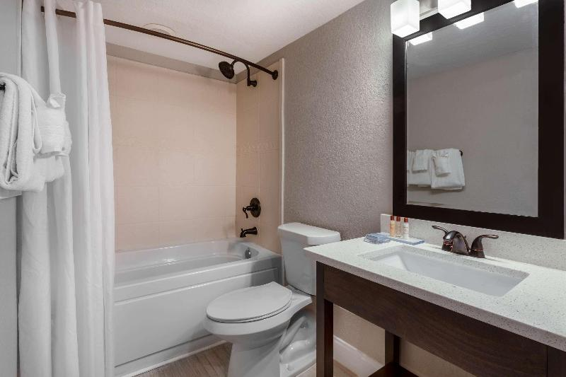 Room Hawthorn Suites By Wyndham Kissimmee Gateway
