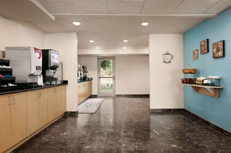 Restaurant Microtel Inn & Suites By Wyndham Culpeper
