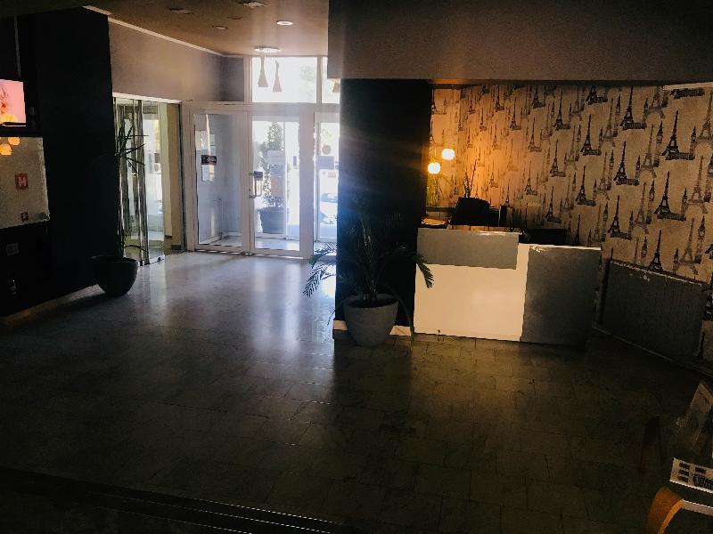 Lobby Millenium Hotel
