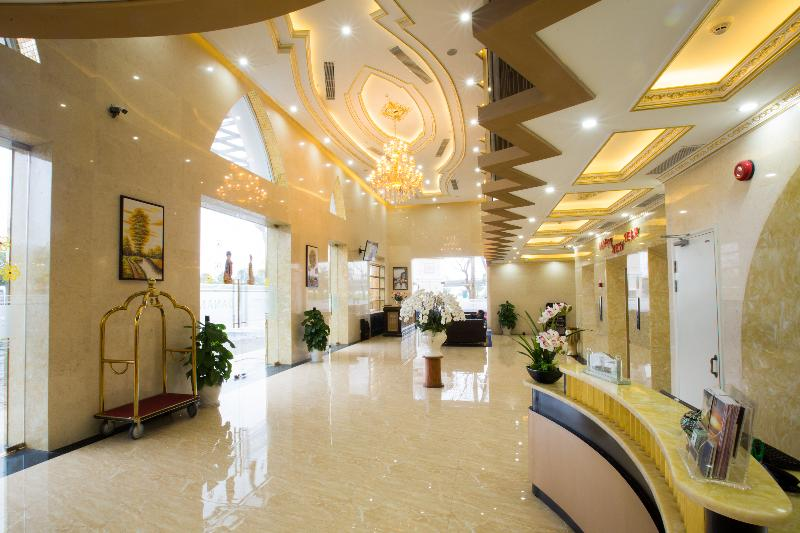 Lobby Fivitel Danang Hotel