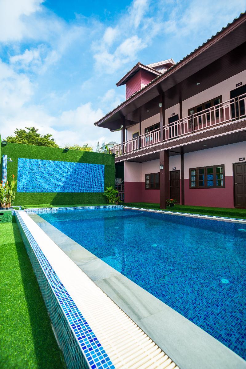 Pool Samui Platinum Hotel