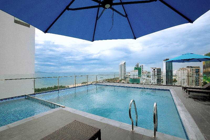 Pool Greenery Hotel