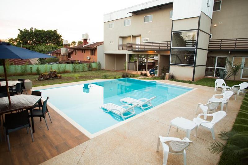 Pool Inga Apart & Suites